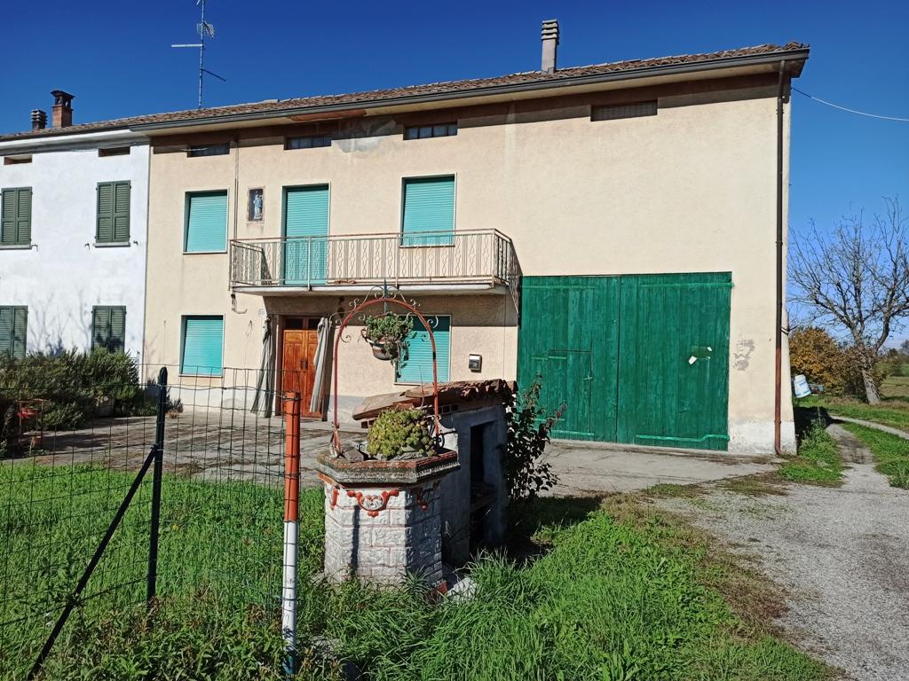 Casa in campagna (CS9)