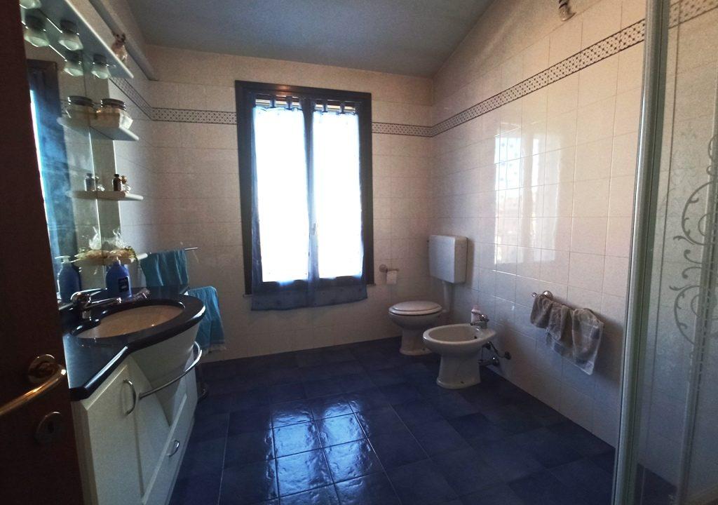 bagno zona notte casa a schiera Casale di Mezzani