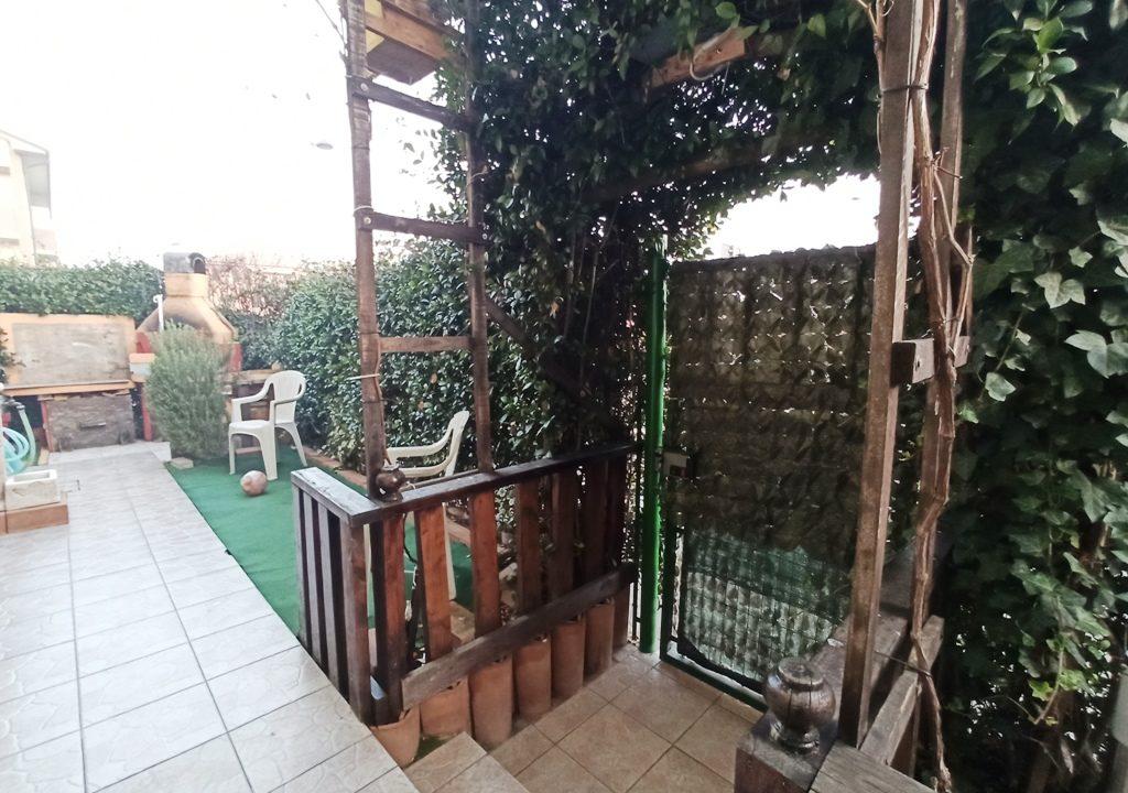 ingresso appartamento con giardino Torrile