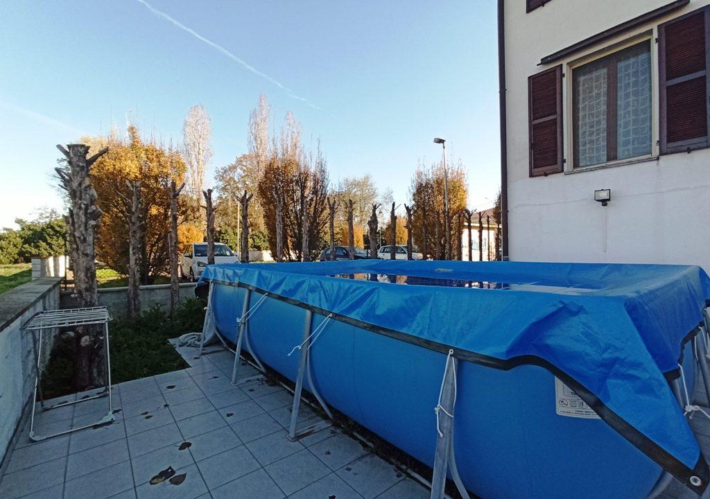 piscina casa a schiera Casale di Mezzani