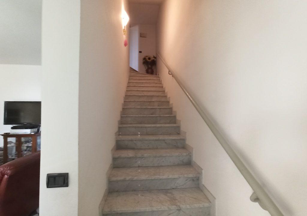 scala casa a schiera Casale di Mezzani