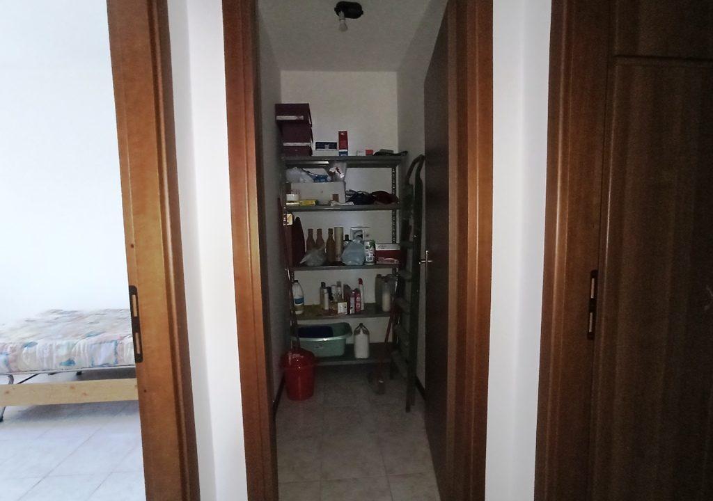 ripostiglio appartamento con 3 camere Mezzano Superiore
