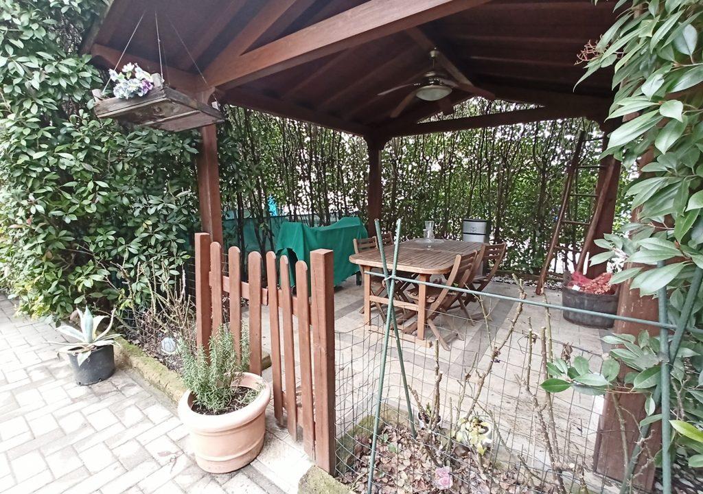 gazebo appartamento con giardino Rivarolo