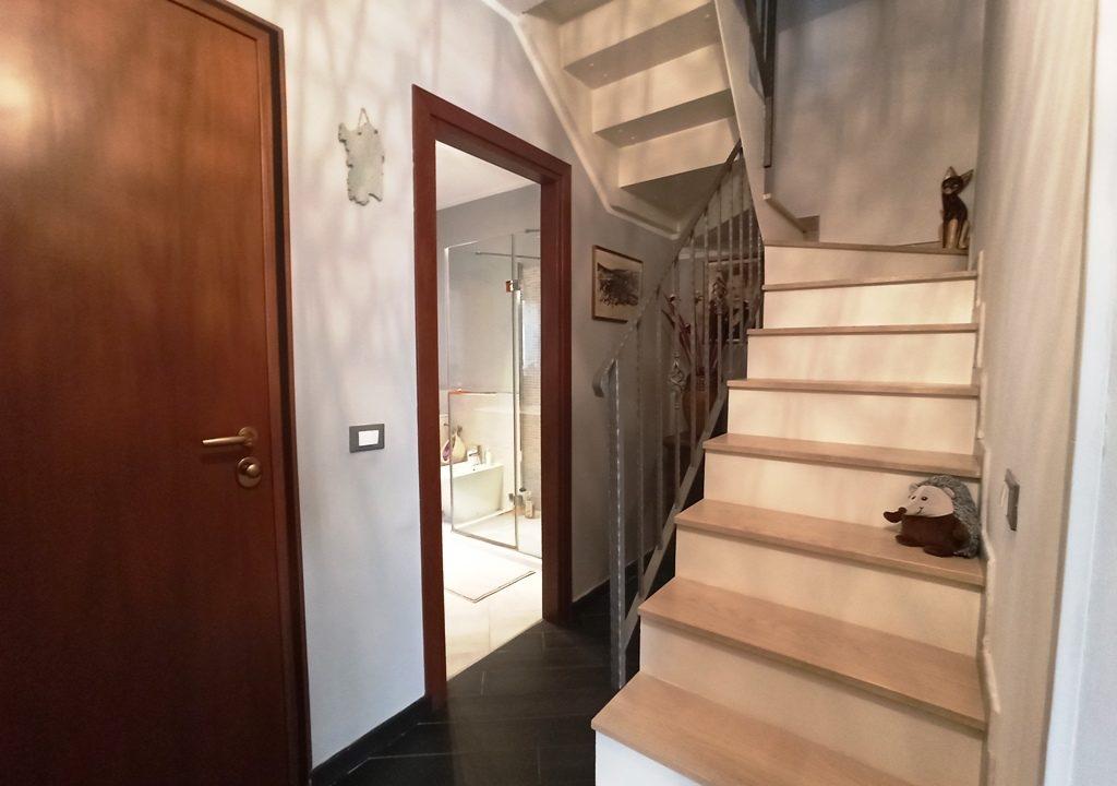 scale appartamento con giardino Colorno