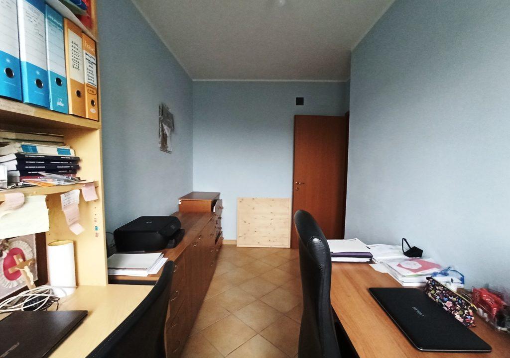 studio appartamento con giardino Rivarolo