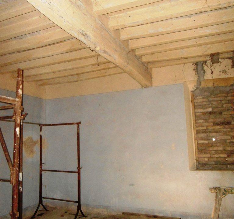 soffitto casa in campagna da ristrutturare Parma