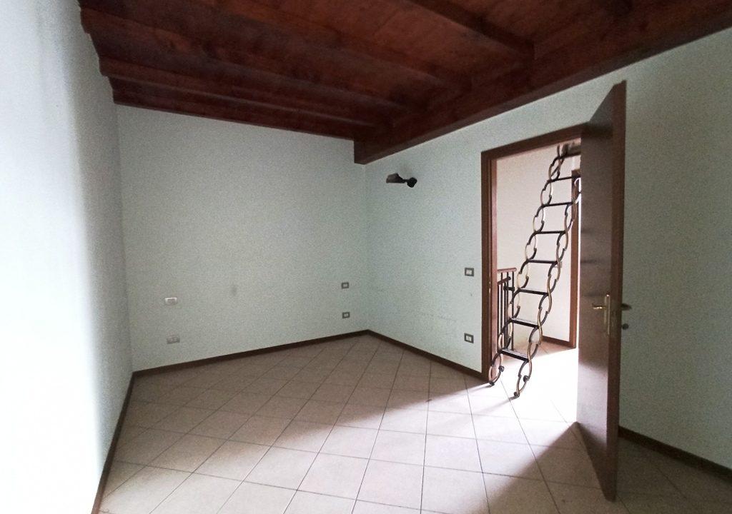 camera 2 casa a schiera Coltaro