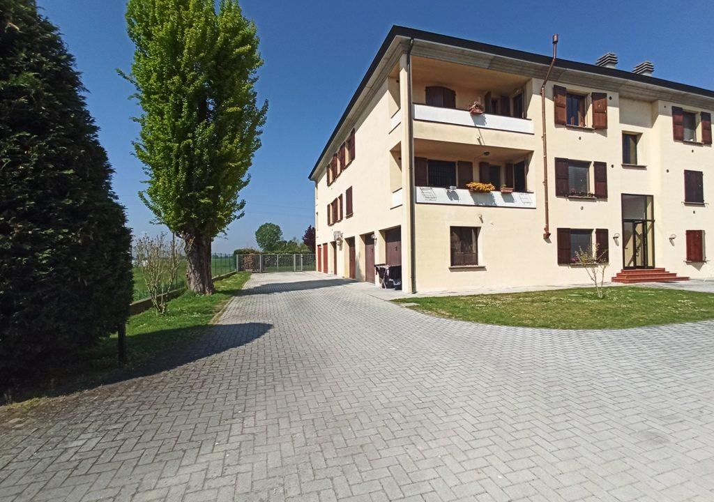 facciata trilocale recente Rivarolo
