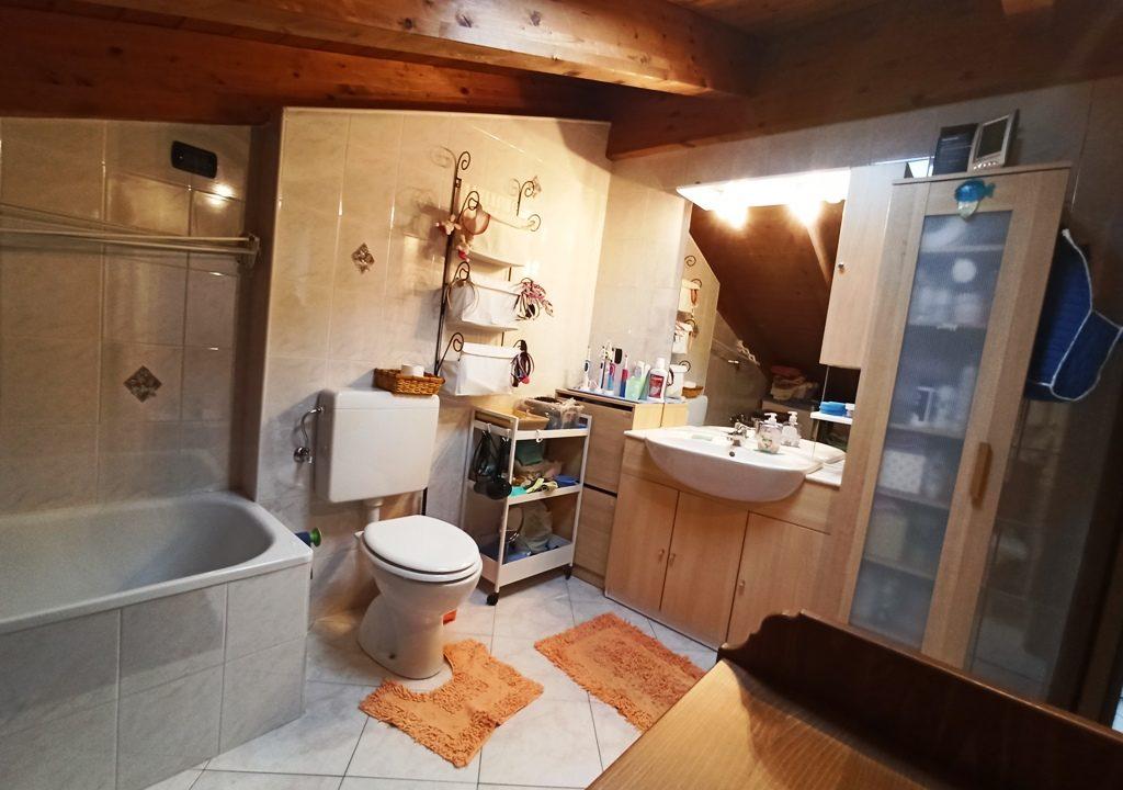 lavanderia appartamento con giardino Torrile