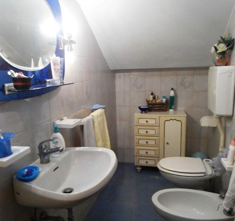 bagno 2 casa con giardino Mezzano Superiore