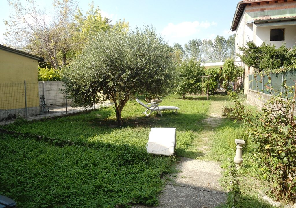 giardino casa con giardino Mezzano Superiore