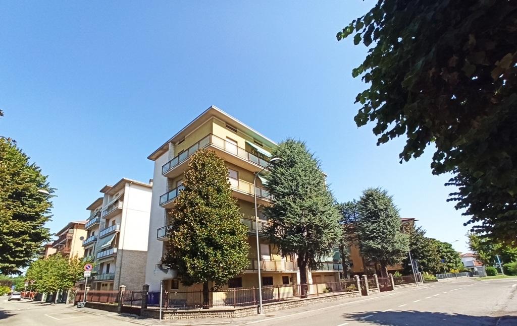facciata appartamento grande Colorno