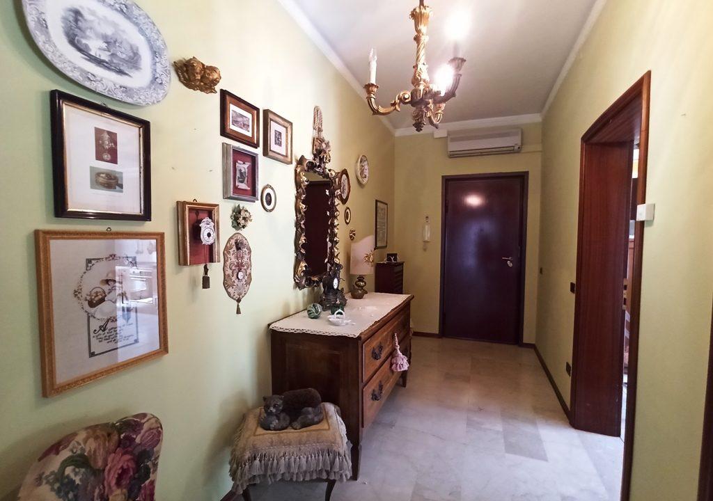ingresso appartamento grande Colorno