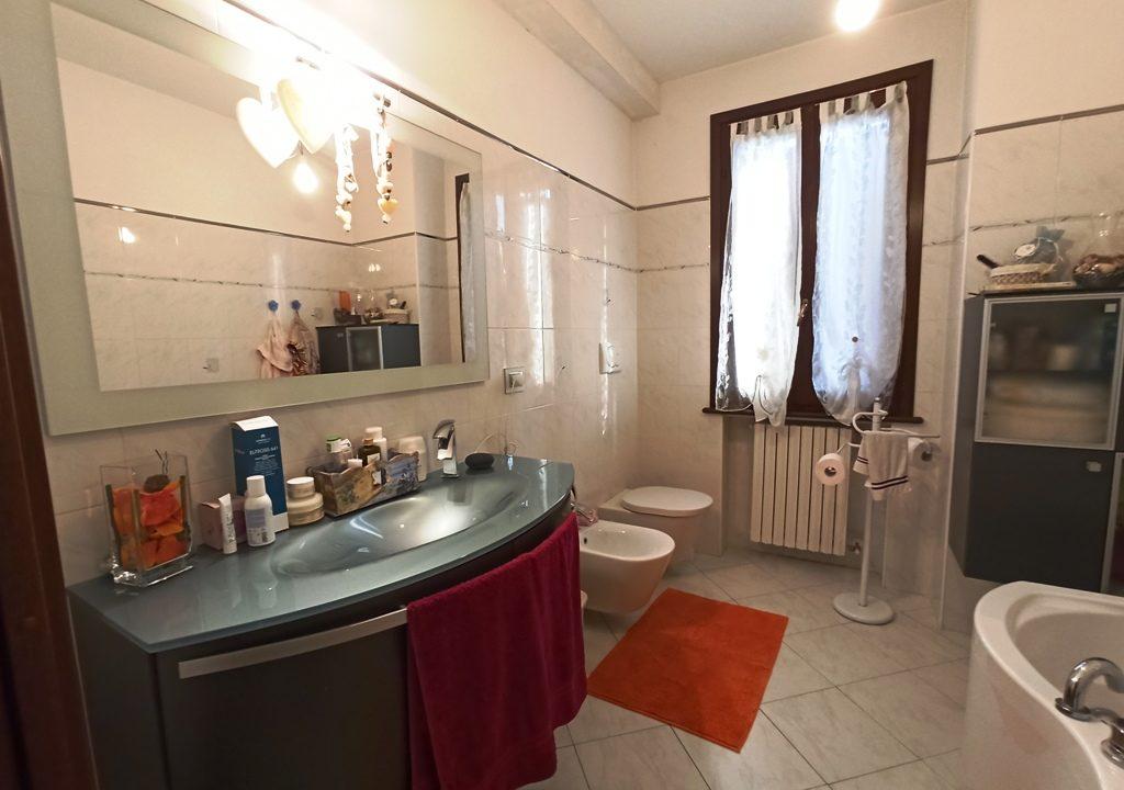 bagno 1°piano casa a schiera Sant'Andrea