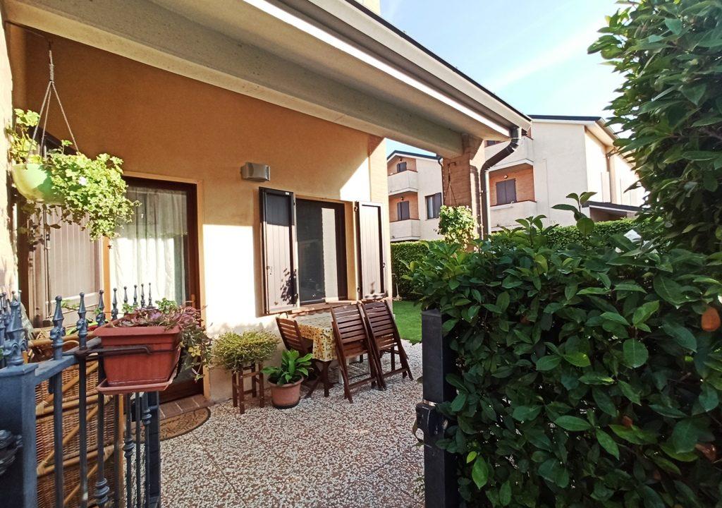 portico casa a schiera Sant'Andrea