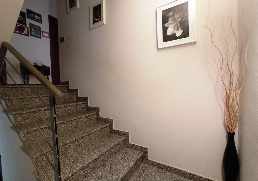 scala casa a schiera Sant'Andrea