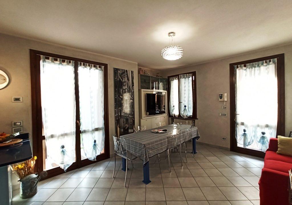 soggiorno casa a schiera Sant'Andrea