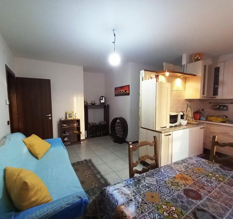 soggiorno-angolo cottura appartamento nuovo Colorno